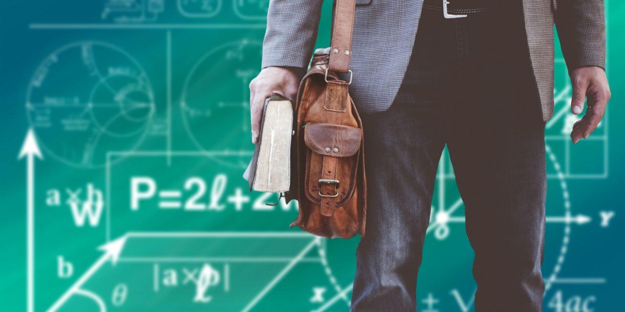 """""""Jestem nowy w szkole""""- kilka rad dla nauczycieli rozpoczynających pracę"""
